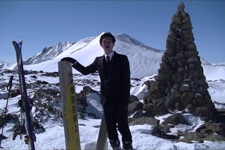 ビジネススーツで山スキー!オーダースーツSADA社長の挑戦!
