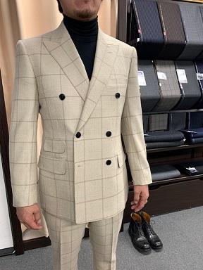 お客様スーツコレクション。