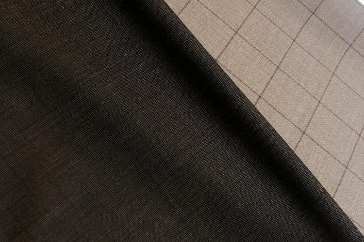 撥水加工のスーツ