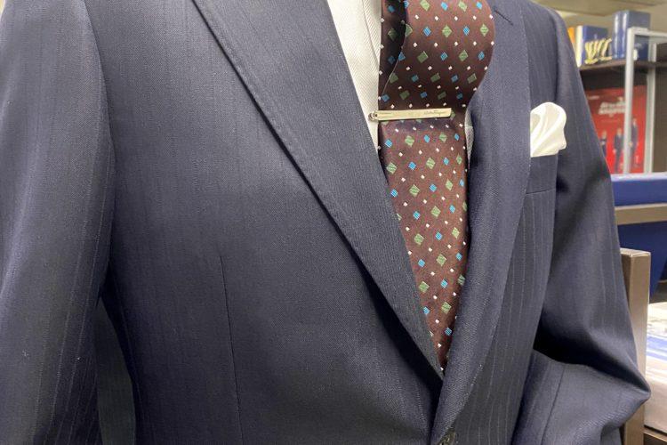 成人式におすすめのスーツ生地