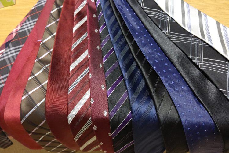 ネクタイの柄の種類と合わせ方