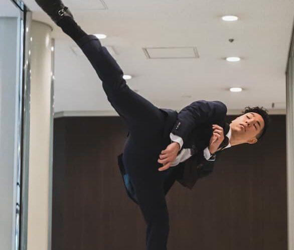 テコンドーで東京オリンピック日本代表を目指す栗山廣大選手が、SADAでお仕立てしたオーダースーツ姿のお写真を下さいました!